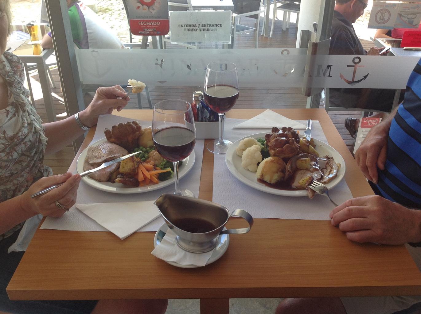 Marina Bar Lagos Breakfast, Lunch and Dinner in Lagos Portugal 11 - Sports Bar Lagos and Restaurant Bar Lagos Algarve portugal
