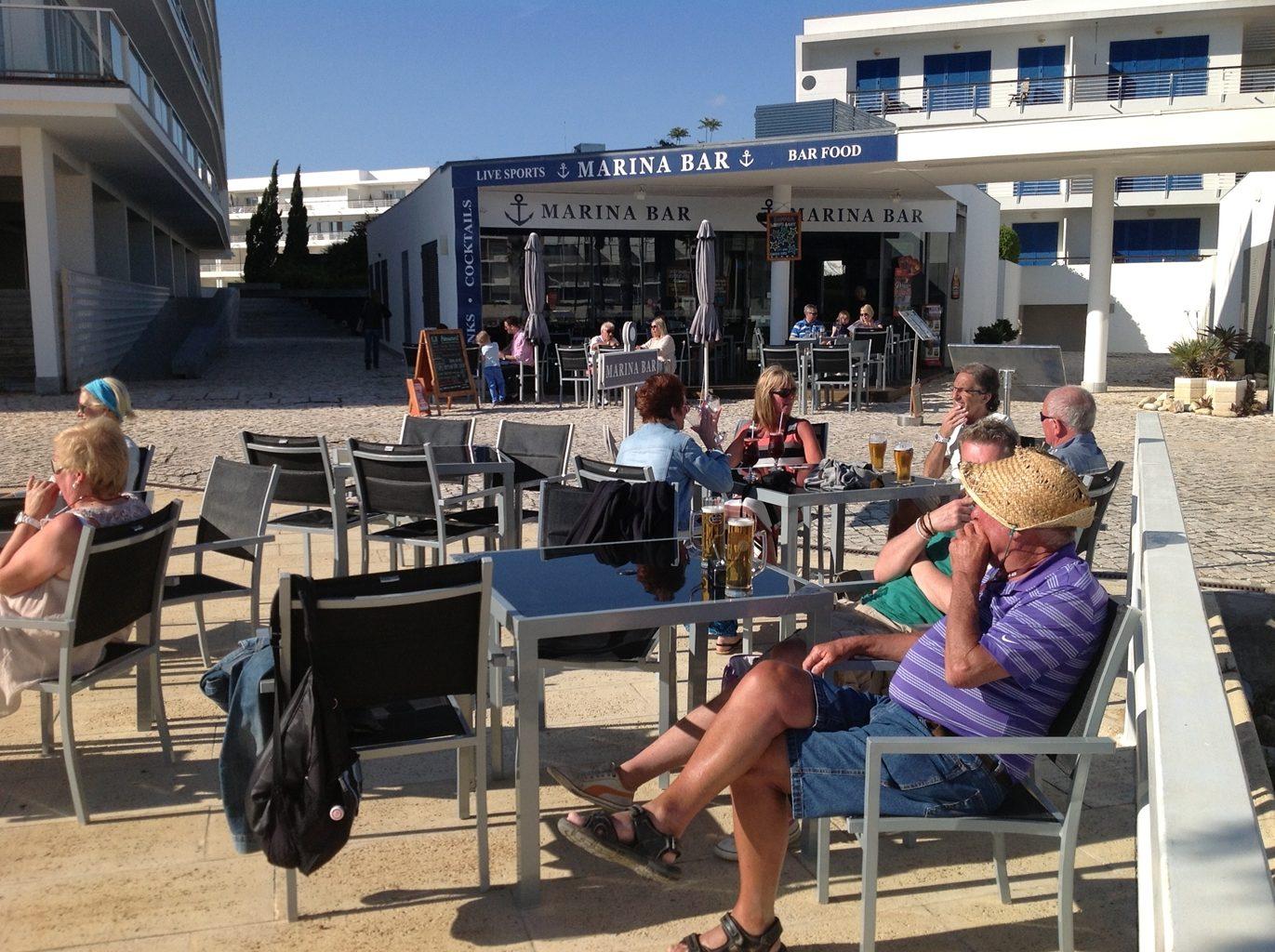 Marina Bar Lagos Friendly Bar in Lagos Portugal 16 - Sports Bar Lagos and Restaurant Bar Lagos Algarve portugal