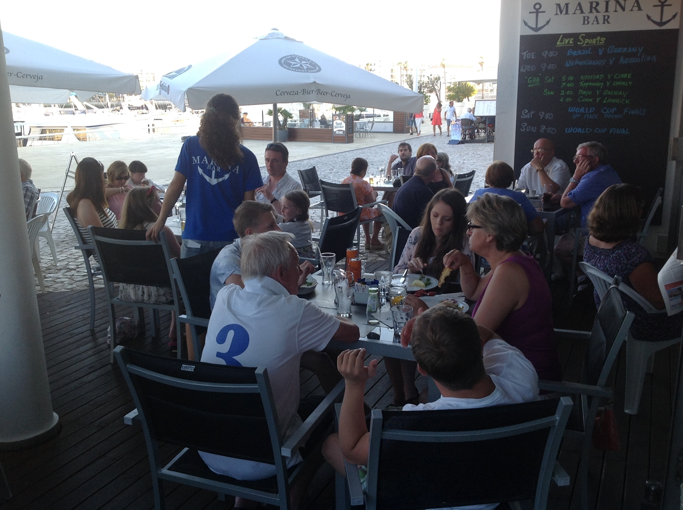 Marina Bar Lagos Friendly Bar in Lagos Portugal 3 - Sports Bar Lagos and Restaurant Bar Lagos Algarve portugal